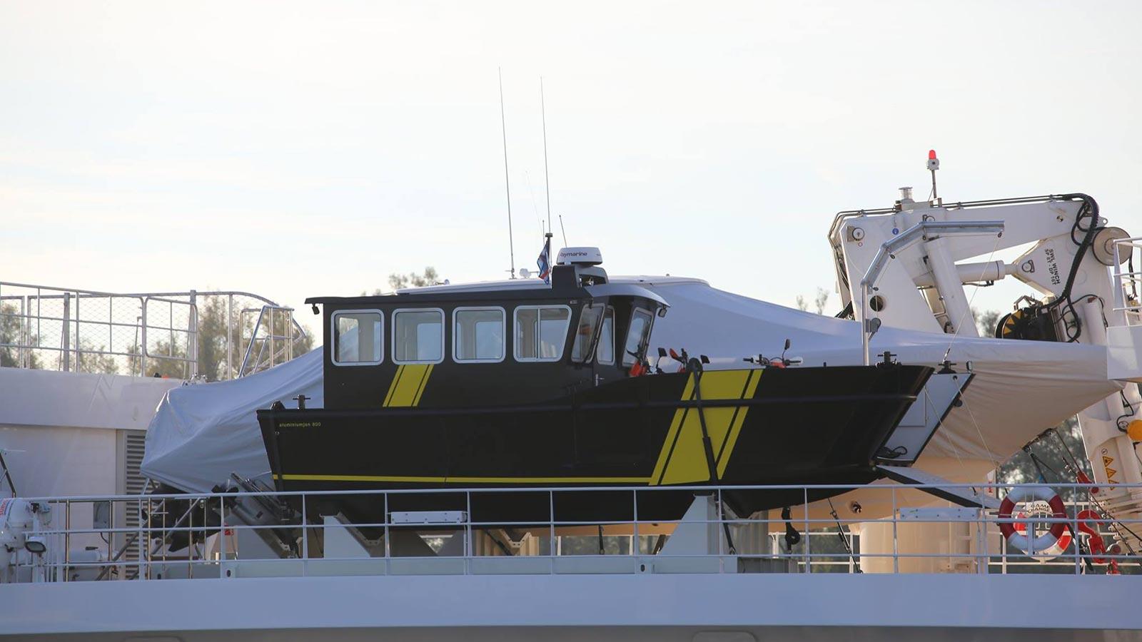 Modellen AluminiumJon.nl - Sea Charger - Landingsvaartuig