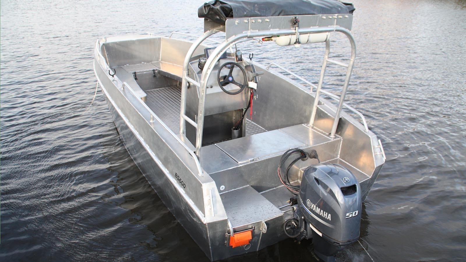 AluminiumJon.nl - BS 600 rescue - Aluminium werkboot o.a. geschiktvoor havendiensten