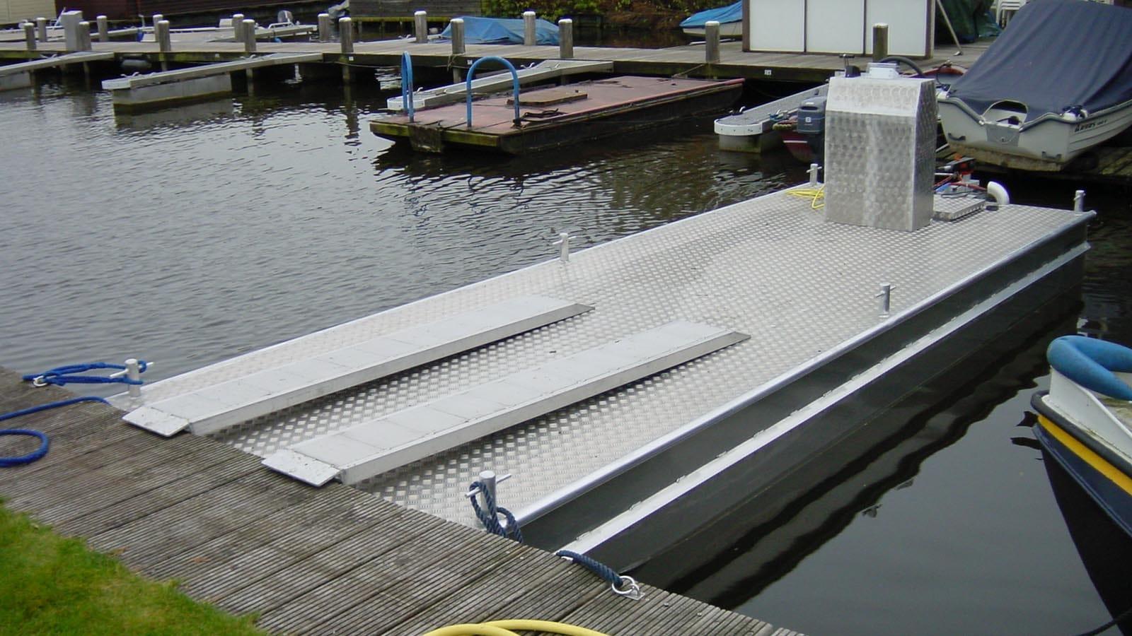 AluminiumJon.nl - Ponton 6 meter - Standaard & Heavy Duty - Custom build aluminium werkpontons